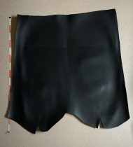 Oiled cowhide croupon, black